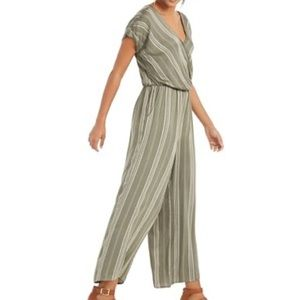 ✨Style & Co Olive Stripe Jumpsuit✨